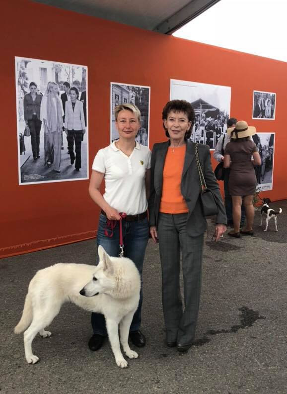 Elizabeth-Ann de Massy Presidente de la Societe Canine de Monaco and Monika Laneman Founder and ex-President of Estonian White Swiss Shepherd Assotiation 2