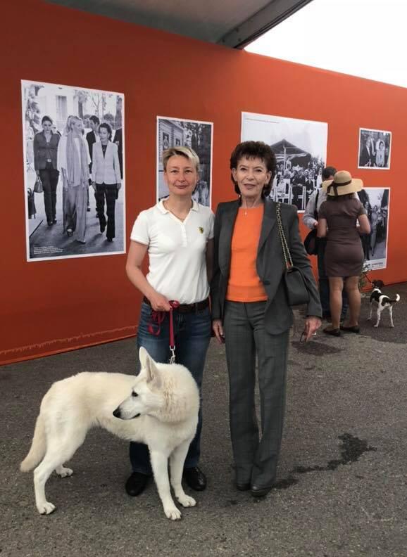 Elizabeth-Ann de Massy Presidente de la Societe Canine de Monaco and Monika Laneman Founder and ex-President of Estonian White Swiss Shepherd Assotiation 40